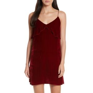 ✨ Alice + Olivia Red Bess Velvet Dress ✨